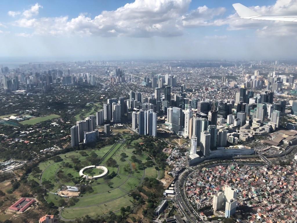 発展目覚ましいフィリピン・マニラを空撮